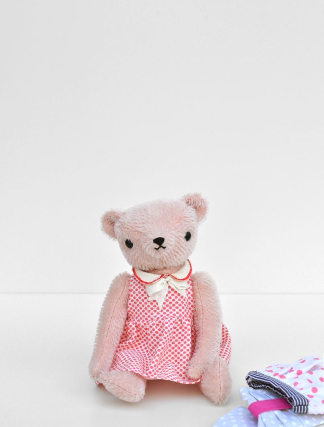 POLKADOTCLUB-PDCclassicBEAR_welldressed2a