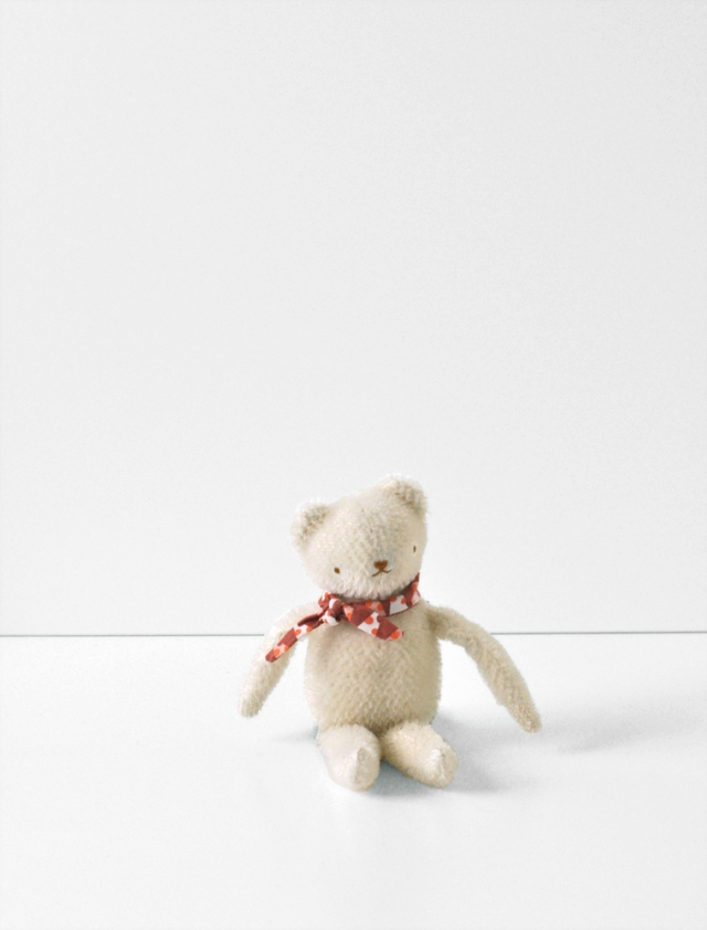 POLKADOTCLUB-PDCfloppyBEAR_shop_white